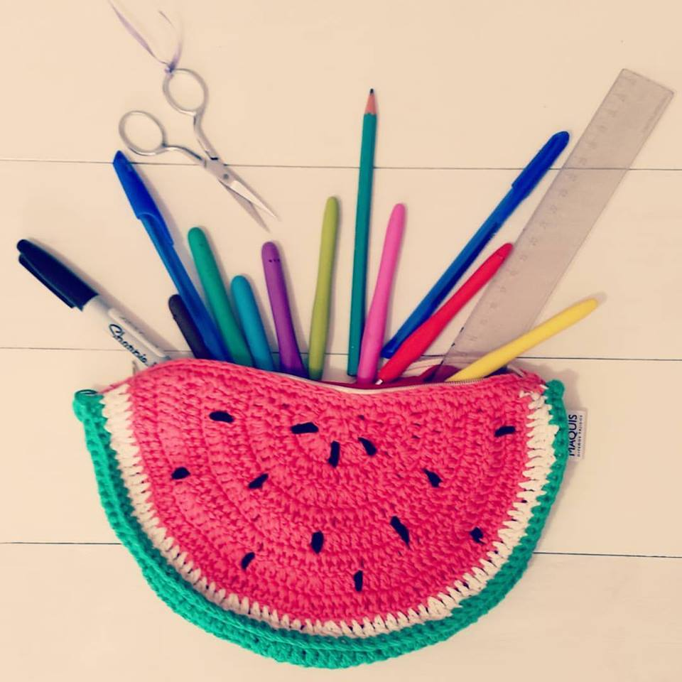 Sandia de crochet                                   Nueva cartuchera Maquis!#volveraclase
